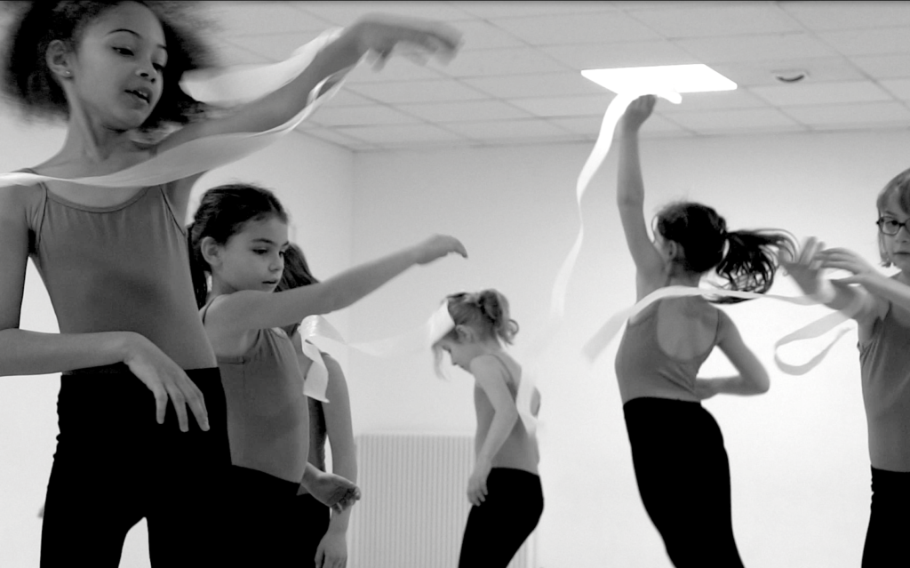 Initiation danse contemporaine Dijon, Le Beau Volume