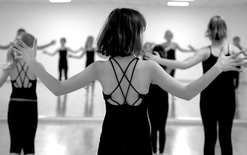 Cours de Danse Contemporaine Enfant, Le Beau Volume
